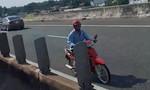 Liều lĩnh chạy xe máy ngược chiều trên đường cao tốc TPHCM - Trung Lương
