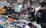 TPHCM: Tưng bừng mua sắm ngày hội giảm giá Black Friday