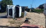 Lật xe container khi ôm cua, tài xế tử vong