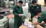 Phát hiện xe tải chở 50.000 khẩu trang tuồn sang Trung Quốc bán kiếm lời