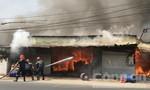 TPHCM: Cháy công ty Bút Chì, thiệt hại nặng về tài sản
