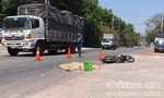 Bình Dương: Xe tải cán 2 mẹ con thương vong rồi bỏ chạy