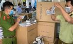 TPHCM: Đề xuất chuyển khẩu trang đang bị tạm giữ cho các trường học