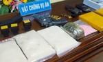 Bắt gã trùm tàng trữ lượng lớn ma tuý, súng đạn tại nhà