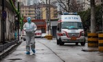40 y bác sĩ cùng bệnh viện được xác định nhiễm virus corona