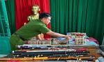 """Công an TP.Biên Hòa chặn nhiều vụ hỗn chiến, thu giữ """"kho"""" hung khí"""