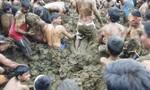 Cận cảnh tắm... phân bò để kháng Covid-19 ở Ấn Độ