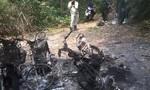 Ba xe máy của cán bộ bảo vệ rừng nghi bị lâm tặc đốt cháy