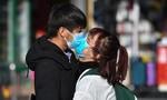 Thụy Sĩ kêu gọi bỏ thói quen hôn chào để tránh COVID-19