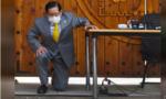 Giáo chủ Tân Thiên Địa quỳ gối xin lỗi dân Hàn Quốc