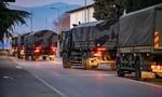Quân đội Ý điều xe chuyên dụng chở người chết vì nCoV đi hỏa táng