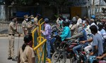 Ấn Độ phong toả toàn quốc trong 3 tuần chống dịch Covid-19
