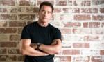 Arnold Schwarzenegger quyên góp 1 triệu USD chống COVID-19
