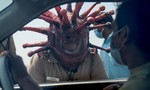 Cảnh sát Ấn Độ mang mũ bảo hộ hình virus corona nhắc dân chống dịch
