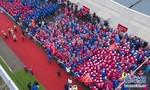 Loạt ảnh hơn 1.000 nhân viên y tế chia tay Lôi Thần Sơn