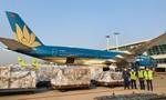 """Vietnam Airlines """"chuyển hướng"""", dùng máy bay chở khách chở... hàng hóa"""