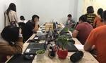 """Nhóm người Hàn Quốc ở """"chui"""" có biểu hiện nghi vấn"""