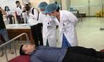 Cách ly 2 du khách ngồi khoang thương gia gần bệnh nhân thứ 17