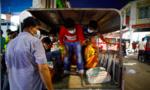 """Lao động nhập cư: """"Tử huyệt"""" chống dịch Covid-19 ở Singapore"""
