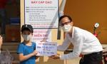 Bé trai 8 tuổi đập heo tiết kiệm ủng hộ ATM gạo