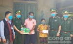 Quảng Trị: Tặng quà người dân biên giới và nước bạn Lào