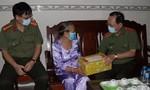 Lãnh đạo Bộ Công an thăm, tặng quà gia đình chính sách