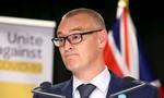 Bộ trưởng y tế New Zealand từ chức vì đưa gia đình đi biển giữa lệnh phong tỏa