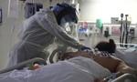 Nghiên cứu mới: Người mắc Covid-19 dùng máy thở dễ bị suy thận hơn