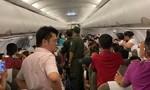 Một hành khách gây rối trên chuyến bay, lăng mạ tiếp viên