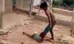 Vụ cháu bé bị cha đánh dã man: Mẹ bỏ nhà đi, để 3 con nhỏ cho chồng