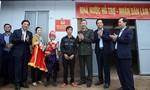 Đồng bào ở huyện Mường Nhé cảm ơn Bộ trưởng Bộ Công an