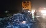 Xe đầu kéo cháy rụi trên cao tốc TPHCM – Trung Lương