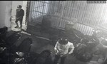 Truy xét 2 thanh niên đột nhập nhà trọ cao tầng, trộm 2 xe máy ở Sài Gòn