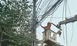 Một người tử vong vì dây điện bốc cháy, rớt trúng người