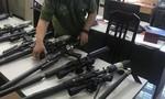 Phá đường dây nhập lậu, mua bán linh kiện súng săn lớn