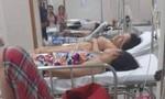 22 người nhập viện sau tiệc cưới có món tiết canh cua