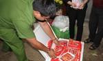 Truy tìm chủ nhân 600 thùng dâu tây nghi từ Trung Quốc tuồn vào Đà Lạt