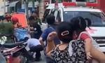 TPHCM: Bảo vệ chung cư tưới xăng lên người rồi tự thiêu