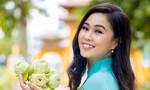 Nữ sinh viên Việt Nam duyên dáng thi Én Vàng Nghệ Sĩ