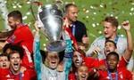 Clip Bayern nâng cup vô địch Champions League sau khi hạ PSG