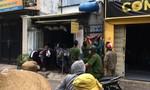 """Chiếc vali """"bí ẩn"""", bốc mùi trong nhà trọ ở Sài Gòn"""