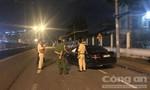 TPHCM: Mercedes nhào lộn như trong phim, tài xế không chịu đo nồng độ cồn