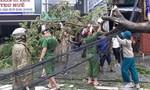 Hàng ngàn CBCS Công an TT-Huế giúp dân khắc phục hậu quả sau bão