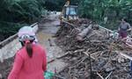 Hậu bão số 5: Khẩn trương khắc phục đường sạt lở, nhà dân ngập nước