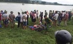 Tài xế dũng cảm dừng xe lao xuống sông cứu người rớt cầu, cả 2 đều tử vong