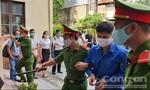 Xét xử bác sĩ Phương với 3 tội danh: Hoãn phiên tòa