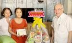 TPHCM: Tặng quà gia đình chính sách và người dân bị ảnh hưởng COVID-19