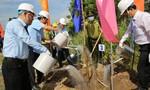 Phó Thủ tướng thường trực dự lễ phát động trồng 10 triệu cây xanh tại tỉnh Bến Tre
