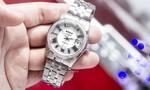 Doxa ra mắt mẫu đồng hồ đính 260 kim cương giá hơn 200 triệu đồng