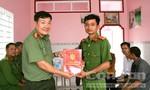 Công an tỉnh An Giang trao 3 căn nhà cho CBCS, người nghèo